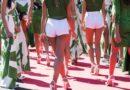 Panitia Acara Golf Tawarkan Gadis Topless