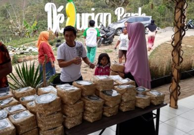 Gunakan Daun dan Besek Saat Idul Adha, DeDurian Park akan Ajak Masyarakat Menanam Bambu