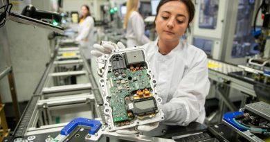 Krisis Chip Semi-Konduktor, Siap-Siap Harga Mobil Meroket
